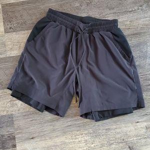 Lululemon black sport men shorts size M